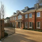 Roehampton Gate – The Ultimate Family Home