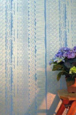 Designer lace effect wallpaper