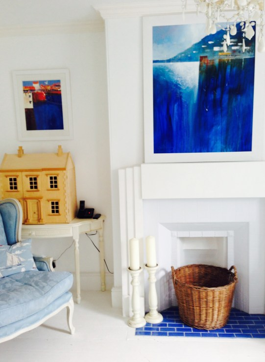 Living room - by the white approach