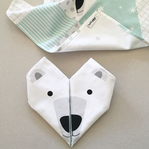 Fresh Design Finds: Polar bear origami napkins