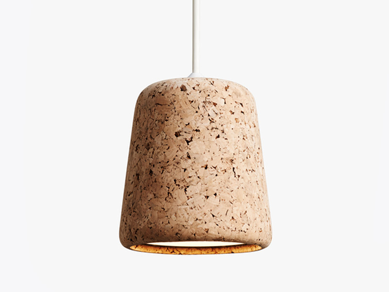 Considering adding some cork into your home decor? Why not do so with this gorgeous natural cork pendant light.