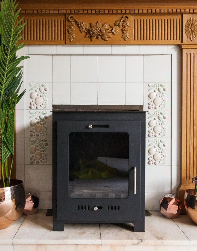 A bioethanol stove that looks just like a wood burner, but is far less hassle to have, as no installation required!