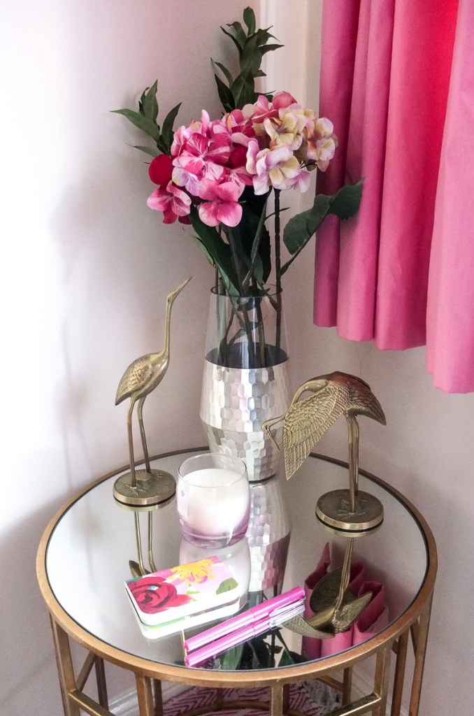 How to style a gold geometric table with a pink and gold theme