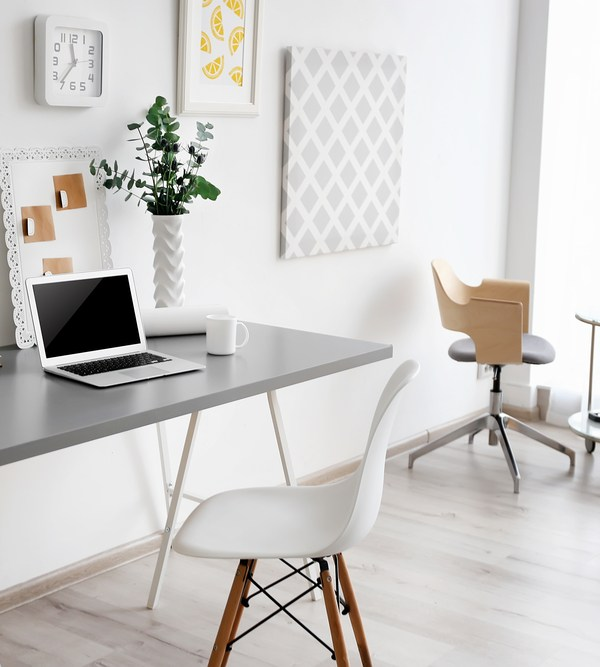 How to create a functional home office space