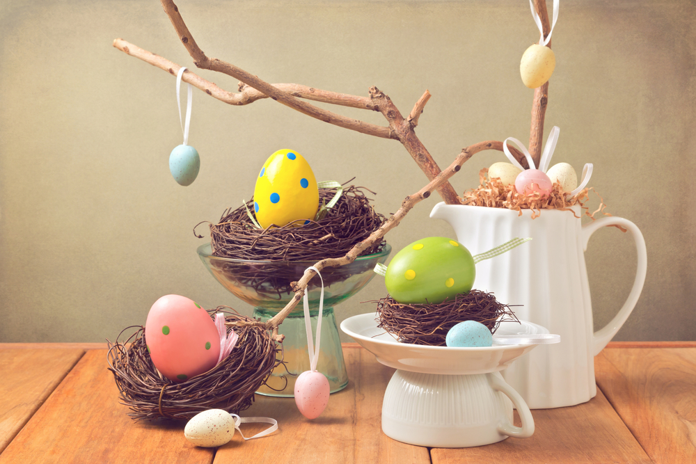 Discover some easy and attractive ways to decorate your home for Easter