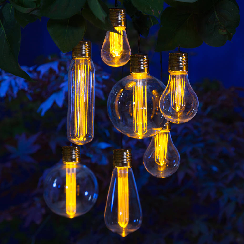 Quirky Edison style filament light bulb garland - it's solar powered and a great way to light up your garden