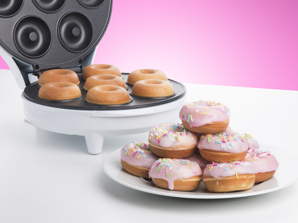 Make your own yummy mini donuts with this nifty maker