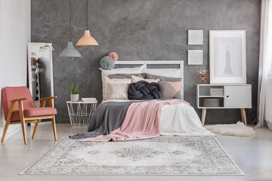 Decorating with colour: pink and grey