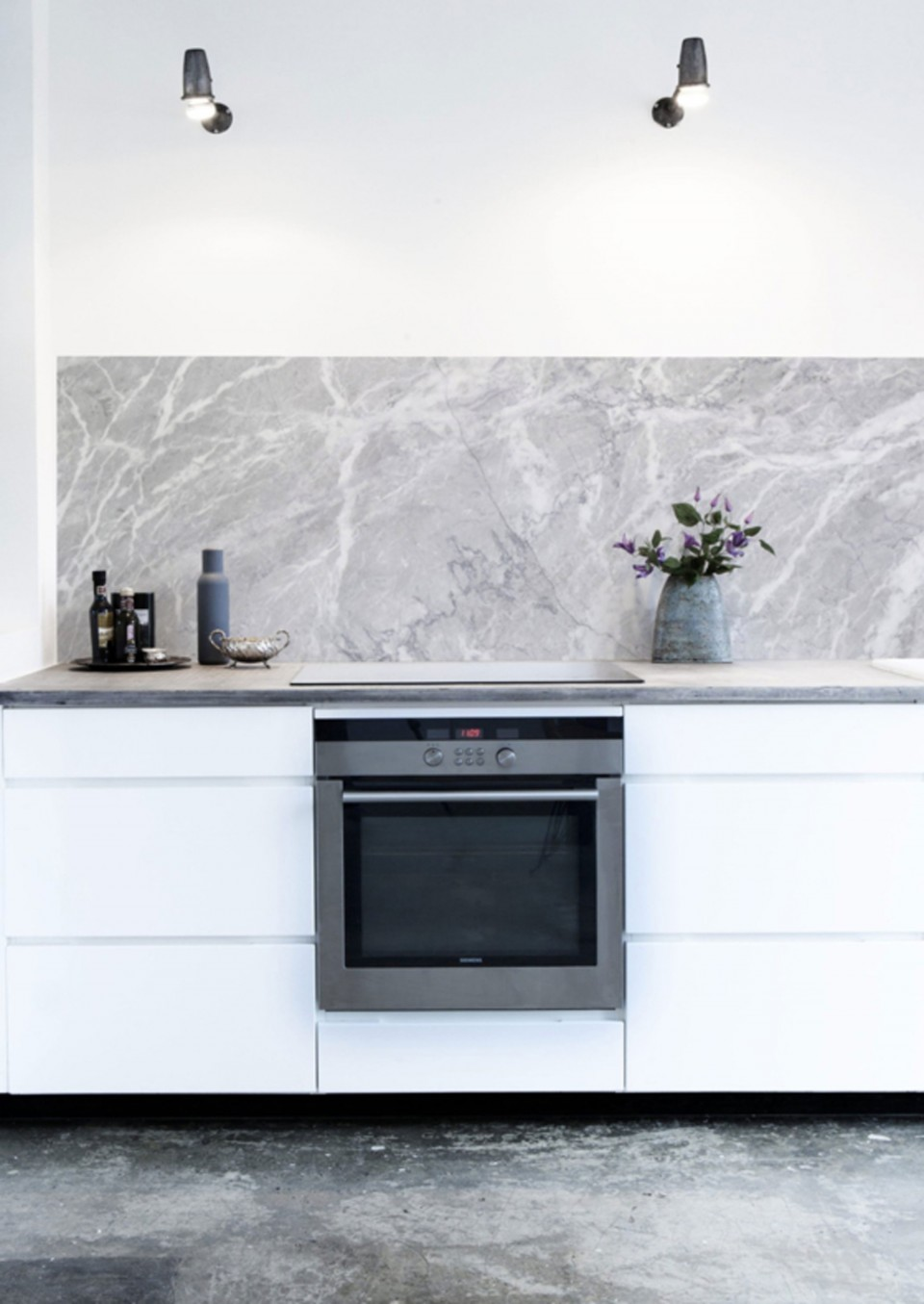 Discover the easy way to create a marble effect splashback in your kitchen