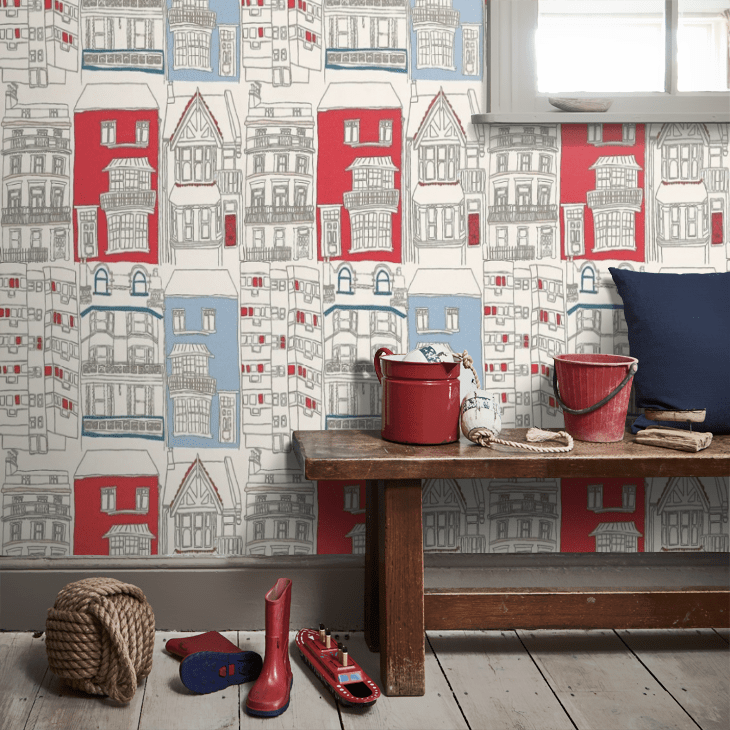 Fun and cheerful Brighton townhouse design wallpaper in the classic British colours of red, white and blue.