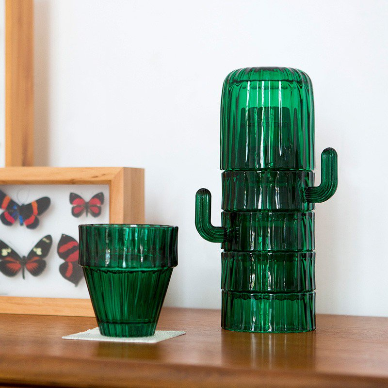 Liven up your drinking experience with these cactus design glasses. Love the way they stack together when not in use.