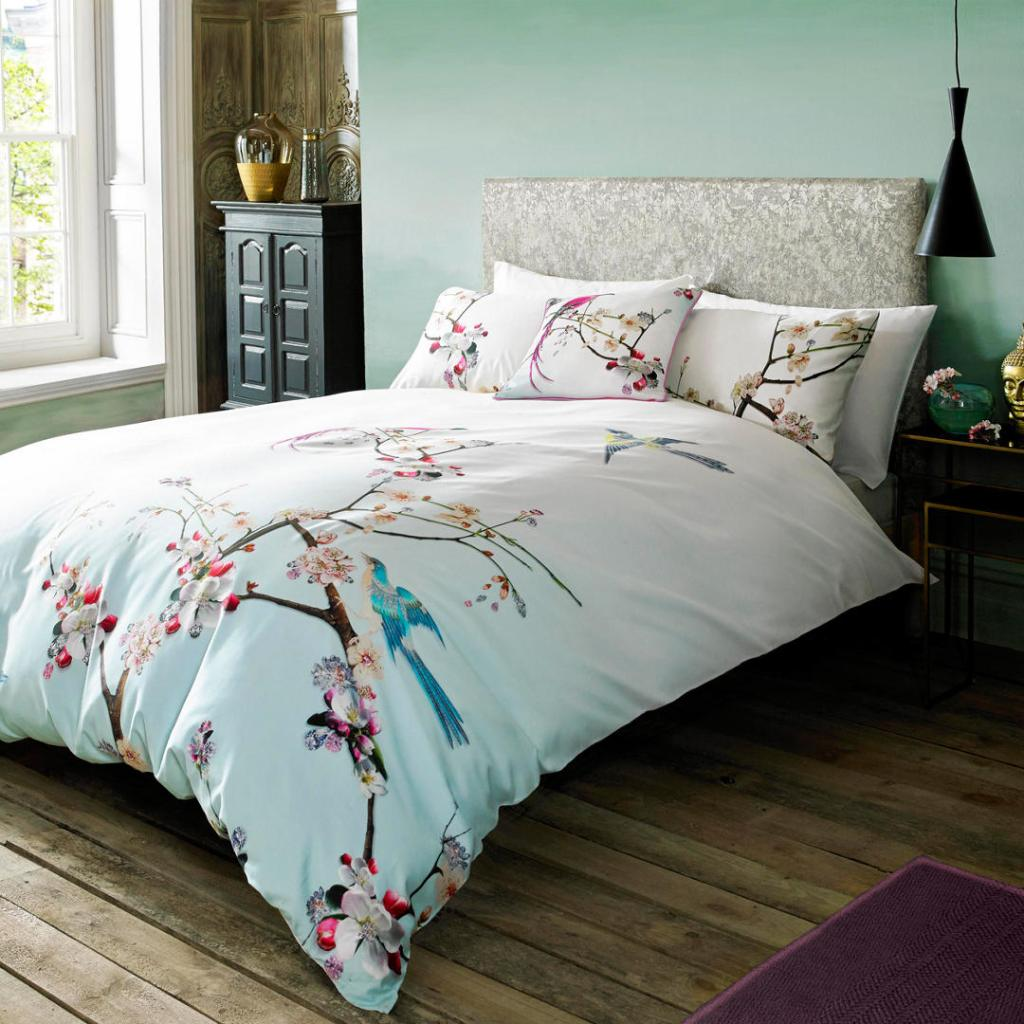 Take a night-time trip to paradise with this flight of the orient design bedding