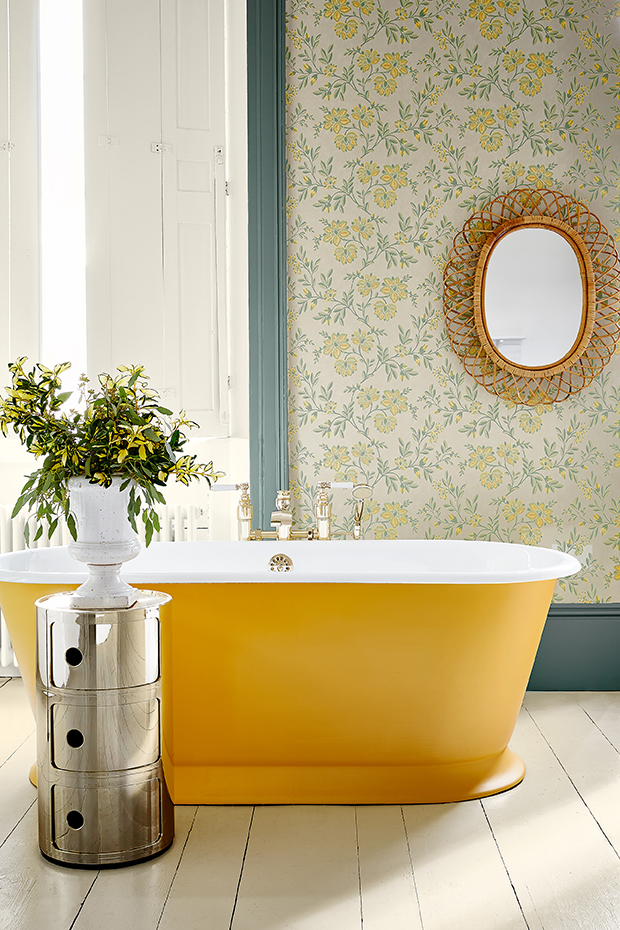 Use cleverly selected shades of paint on your skirting boards to enhance and frame wallpaper