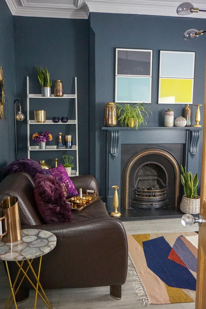 Modern contemporary family living room design