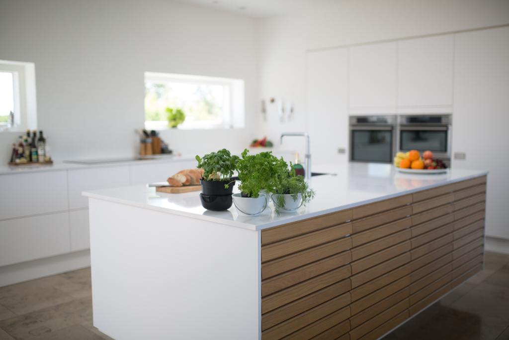 Grow your own kitchen herbs and make your kitchen more eco-friendly