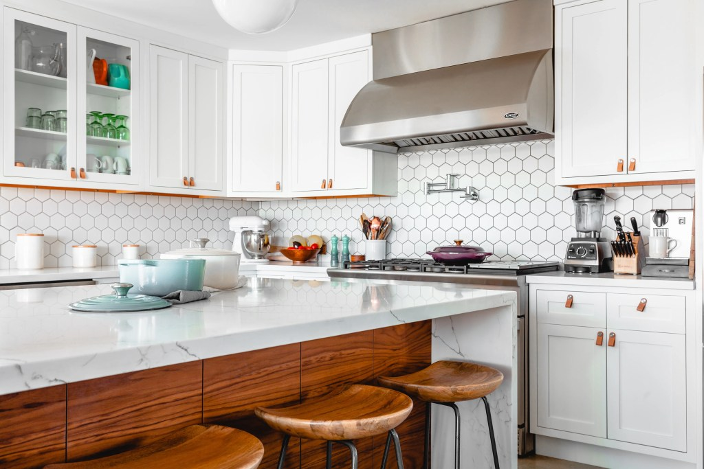 Copper finishes are a popular kitchen design trend that can update your kitchen