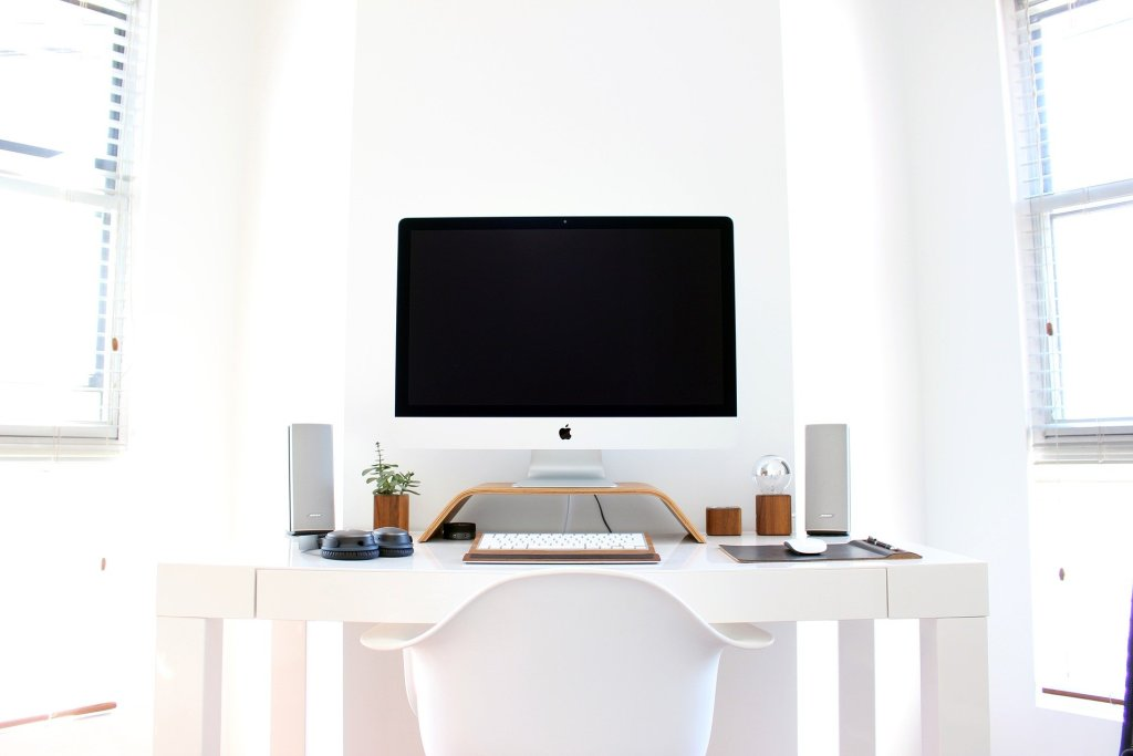 It's important for your posture to find the right desk to use for working from home.