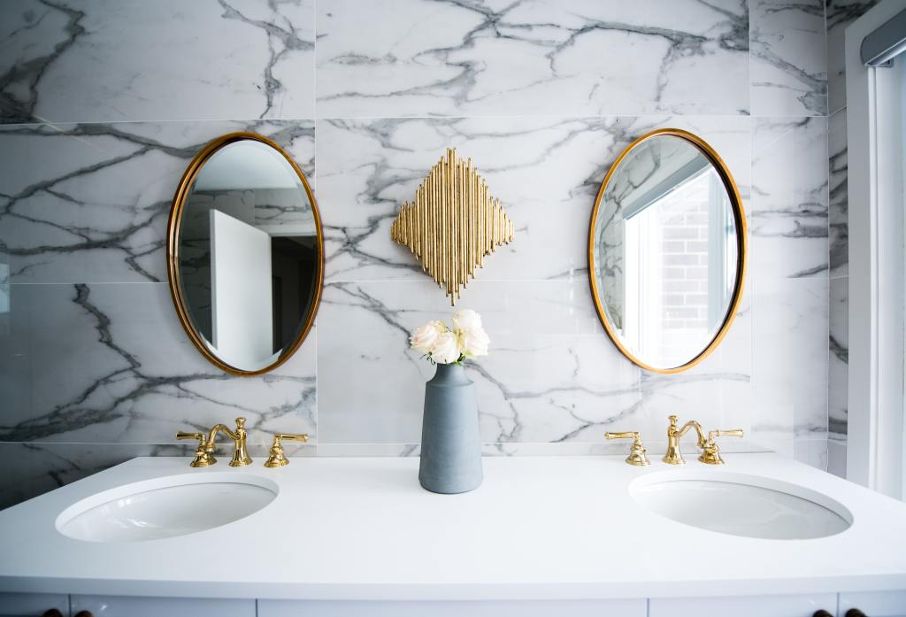 Get your bathroom organised and de-cluttered