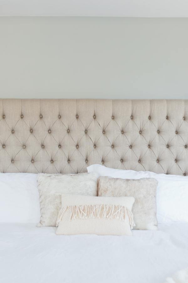 How to Keep White Bedding Fresh and Clean