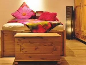 beeswax polish wood furniture
