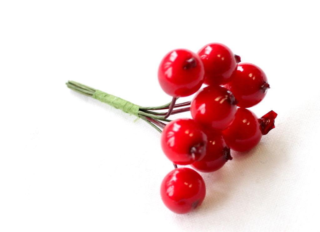 Xmas Christmas Wreath Artificial Mini Red Berry Picks Home