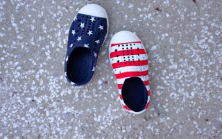 The Coolest Toddler Beach Shoes that Match Everything from Smocked Dresses to Bathing Suits