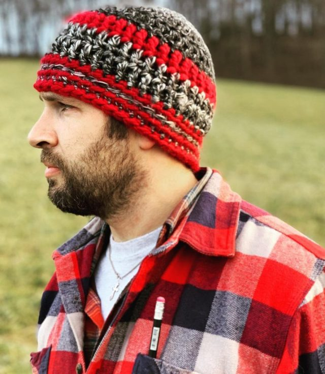 the rustic beanie by freshofftheneedles free pattern