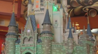 Going to Disneyland soon? I have some great tips for you to enjoy it- 7 Ways To Make Disneyland More Enjoyable