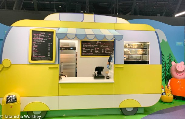 Is there food you can buy at Peppa Pig World Of Play?