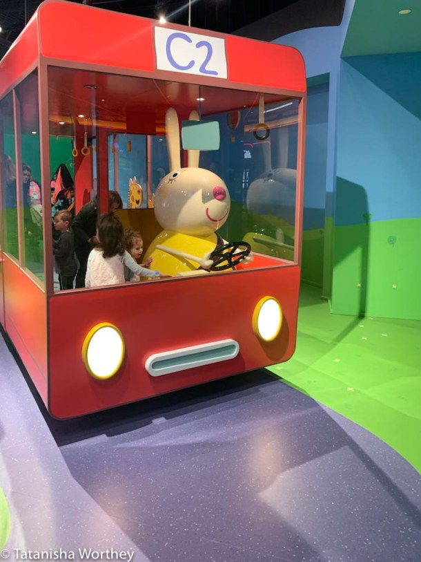 What are the regular hours for Peppa Pig World Of Play?