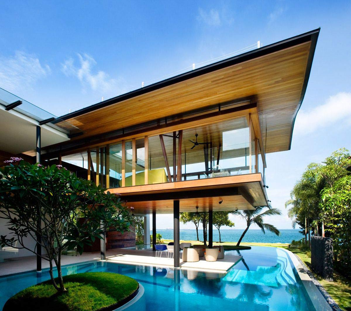 Seafront Home In Singapore With Underwater Media Room