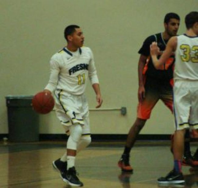 Fresno's Gabriel Castillo had 22 points in a victory over Selma