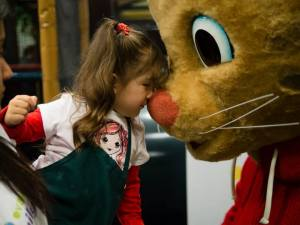 "Volunteer with Your Kids at Daniel Tiger's ""Be My Neighbor Day"""