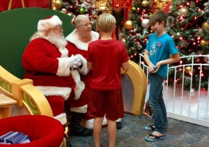 Santa Meet and Greets Get a BIG Makeover at Fashion Fair Mall