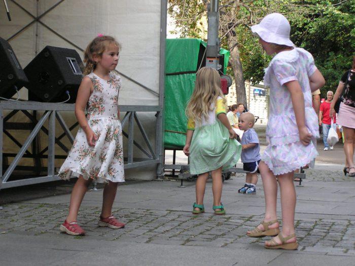 Mariposa Butterfly Festival fun