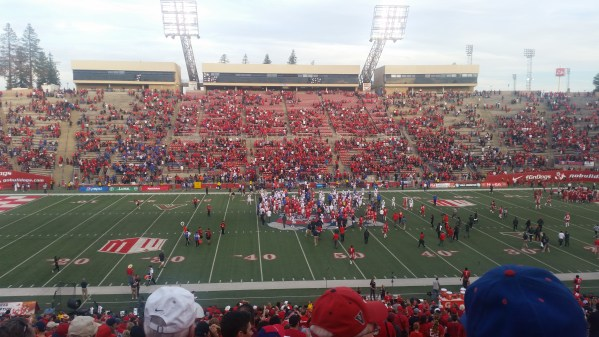 Fresno State football kickoff