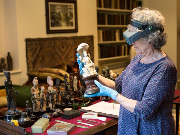 Conserving Freud's Antiquities