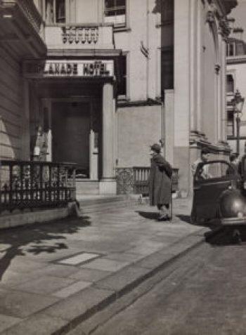 IN121: Sigmund Freud and W. Ernst Halberstadt, 1938