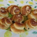 Holunderblüten Milchbrot-Schnecken – vegetarisch
