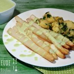 Spargel mit Avocado Hollandaise