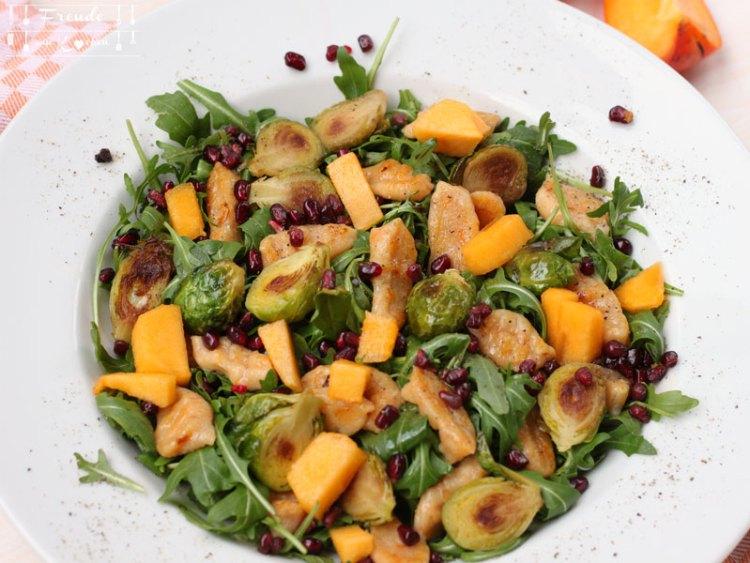 Kürbis Gnocchi auf Rucolasalat mit Kohlsprossen vegan - Freude am Kochen