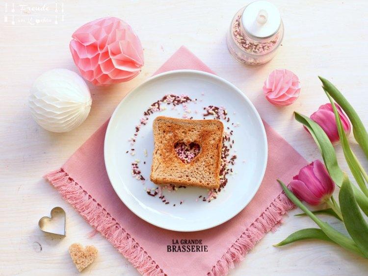Valentinstag - DIY - Ideen - Rezepte - Tischdeko - Deko - vegan - Freude am Kochen
