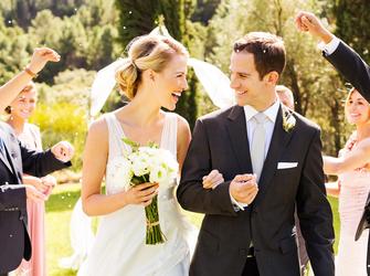 Warum Steht Die Braut Vor Dem Altar Immer Links Freundinde