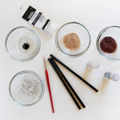 DIY Glittered Push Pins