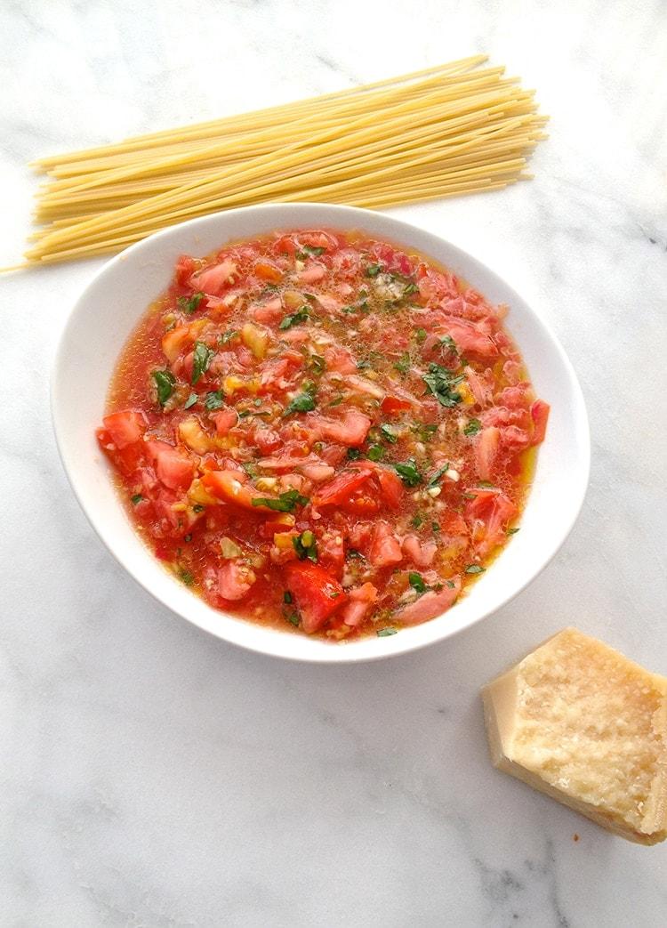No Cook Tomato Sauce