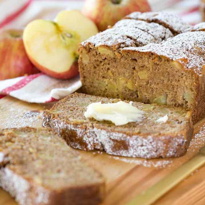 Easy Cinnamon Spice Apple Bread