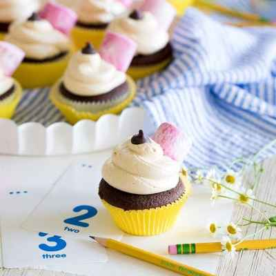 Back to School No. 2 Pencil Cupcakes