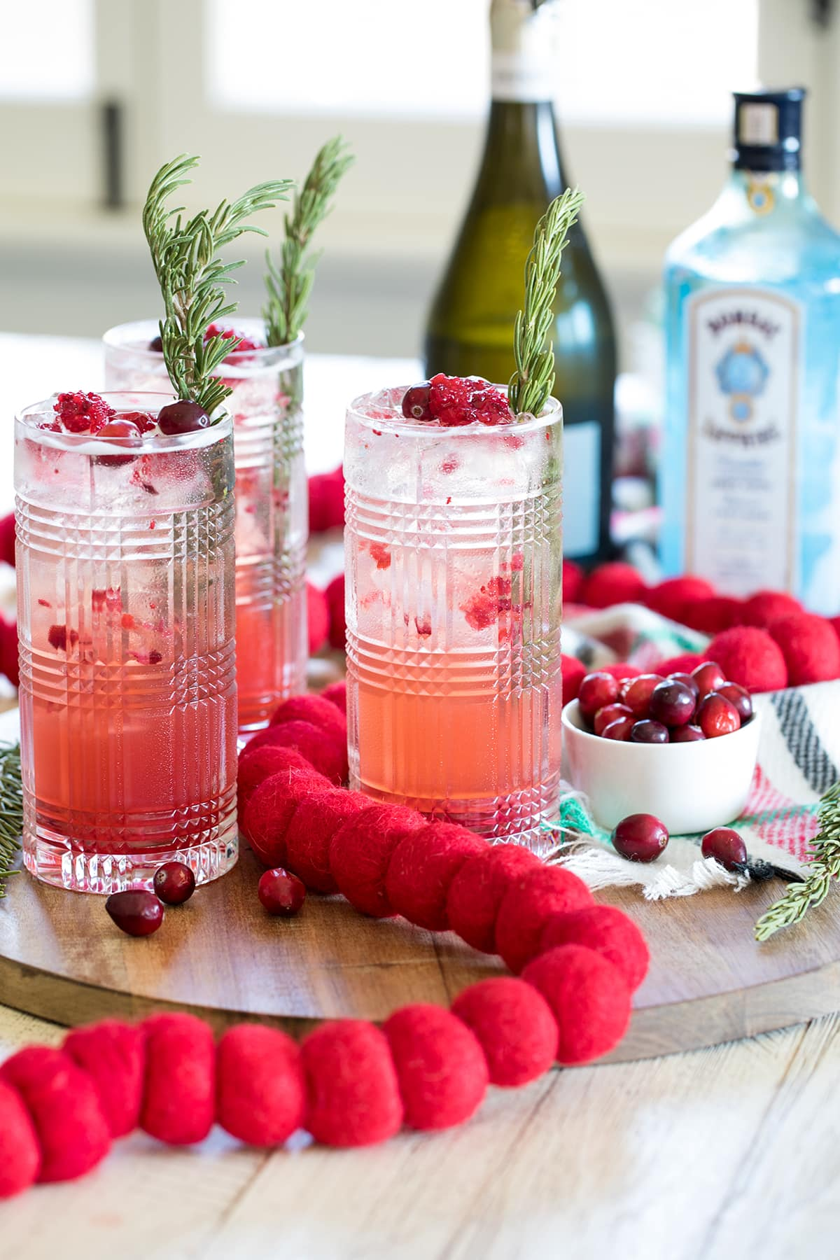 Sparkling Cranberry Gin Holiday Cocktails