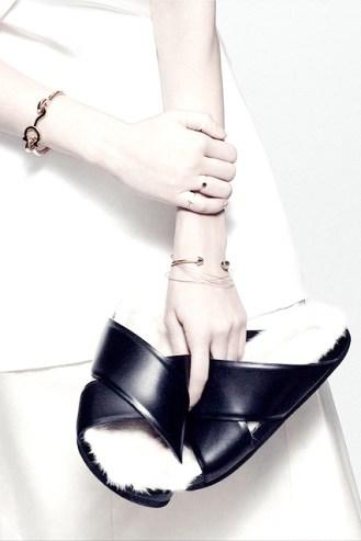 la-modella-mafia-Céline-fur-sandals895