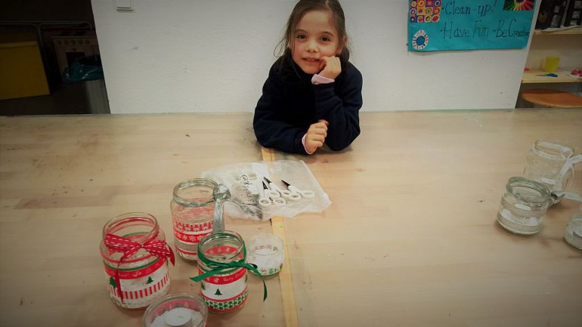 glas_windlichter_teelicht_weihnachten_recycling_diy_basteln_kinder_grundschule-2